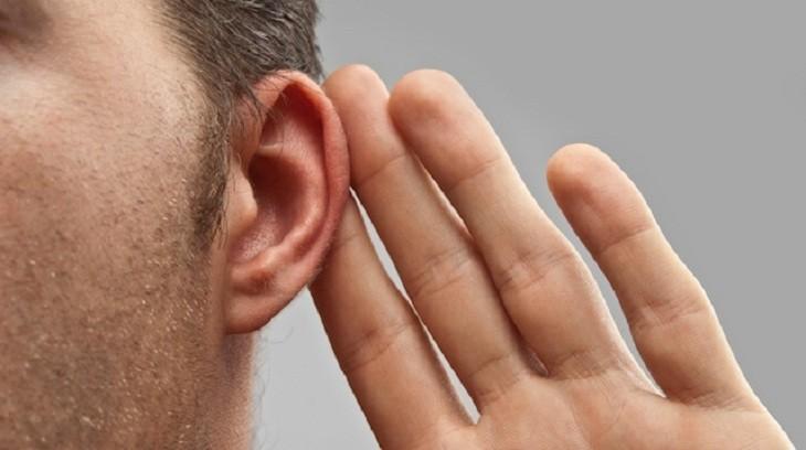 ouvindo